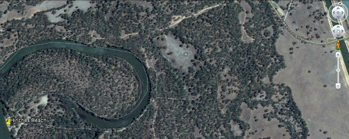 Screenshot from Google Earth showing Hinches Beach on the Murray River.